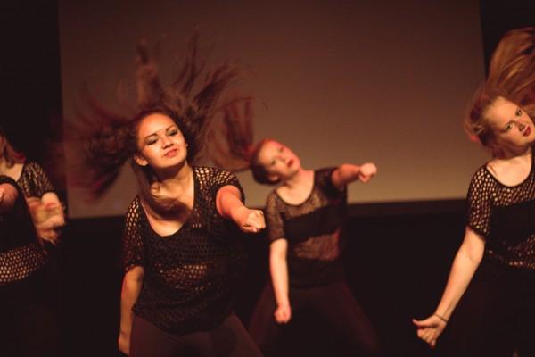 Studio Dance-A-LOT dansschool dansles Streetdance Hiphop Anne Agter Eline Timmer Ashley Tims